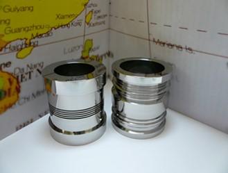 円筒研削盤による鏡面研削加工品